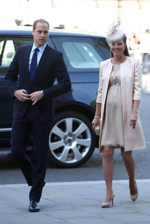 "Febbre da ""Royal-Baby"": telecamere puntate verso la finestra di Kate Middleton"