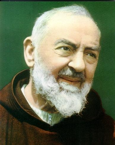 Migliaia di fedeli a Roma per Padre Pio