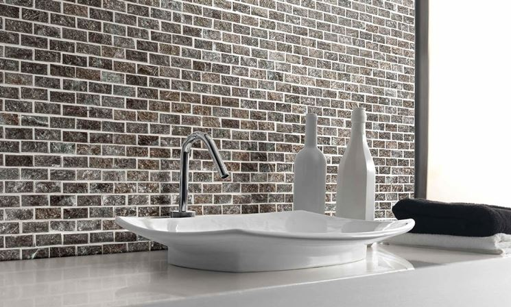 https://www.italyanstyle.com/wp-content/uploads/2016/05/mattonelle-bagno_NG3.jpg