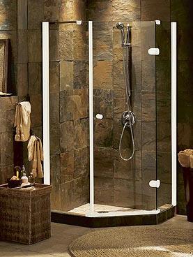 La doccia in muratura: un classico esempio di arredo bagno in stile rustico