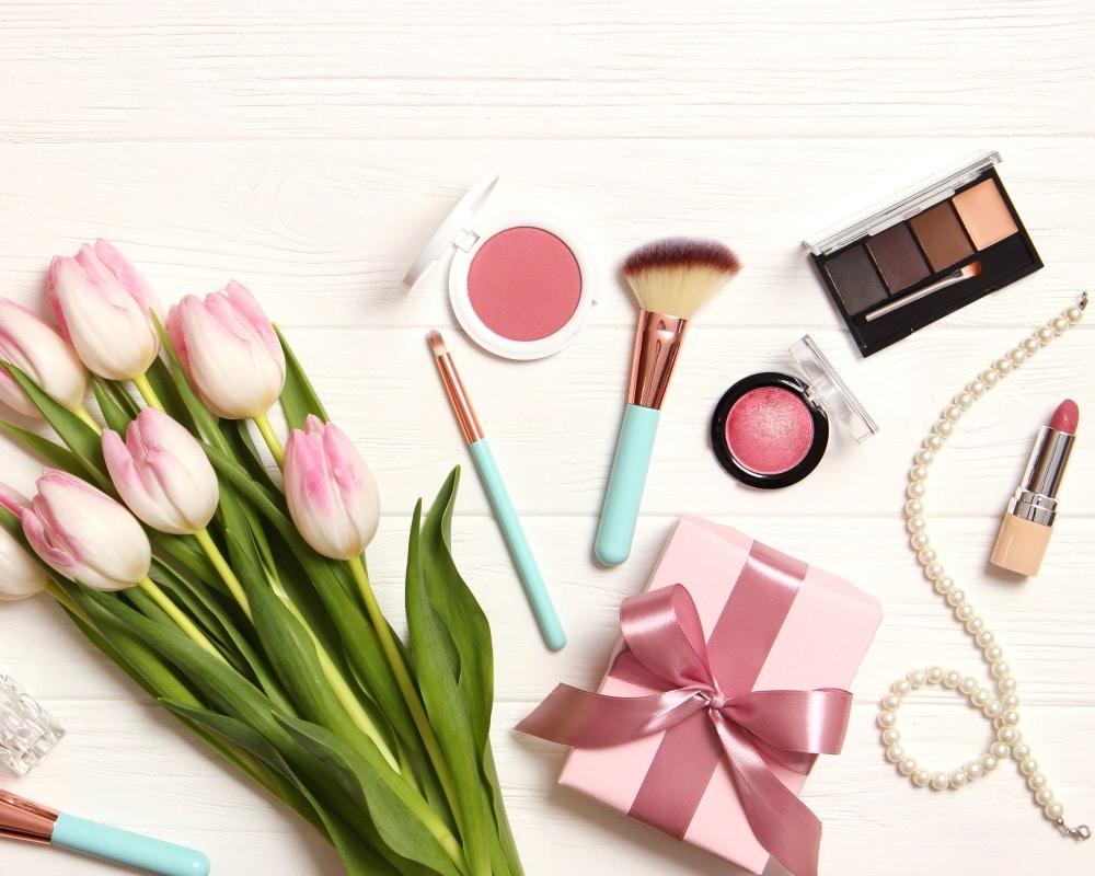 Make up e bellezza: i campioni omaggio volano sul web!