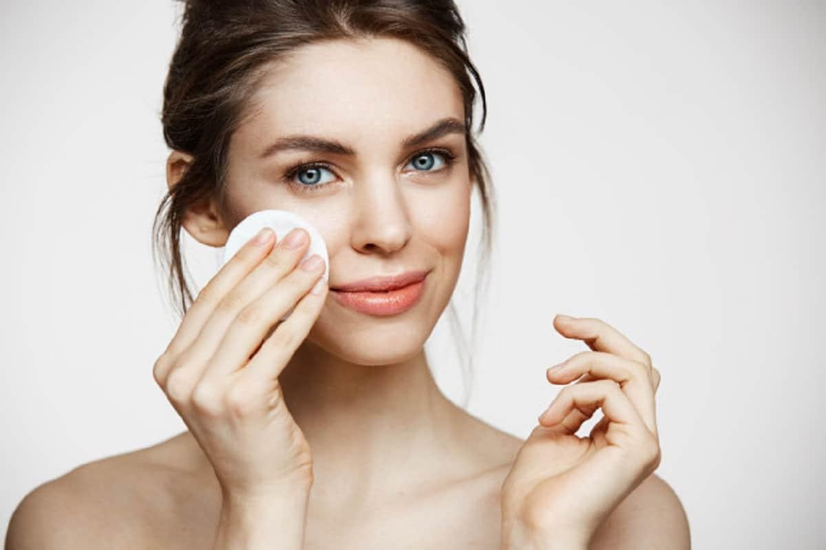 Migliori maschere viso fai da te: pulisci e illumina il volto